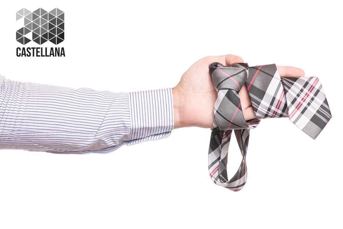 camisa a rayas con corbata