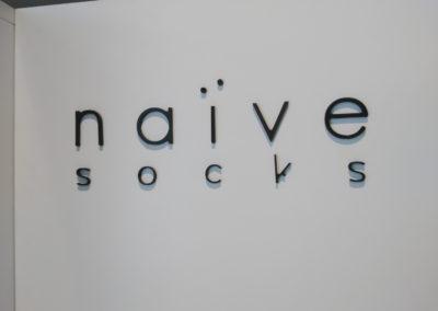 naive-2